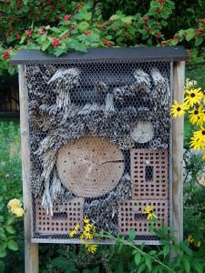 Botanischer_Garten_Insektenhotel